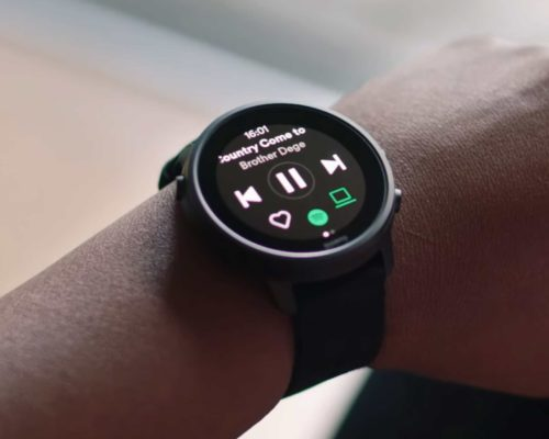 Leaked Galaxy Watch 4 Classic photos show the Wear OS in action
