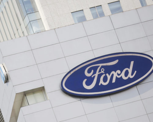 Apple loses automotive executive Doug Field to Ford